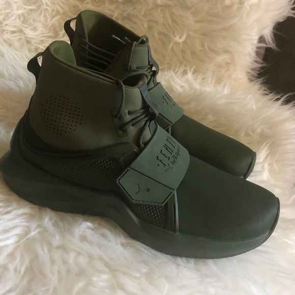 low priced e3d57 27d92 Puma FENTY By Rihanna. Camo Green 6.5 NWT
